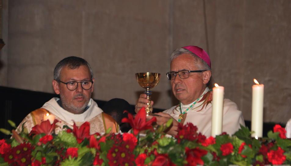 El nou arquebisbe de Tarragona, Joan Planellas, en l'eucaristia durant la missa de la seva ordenació.