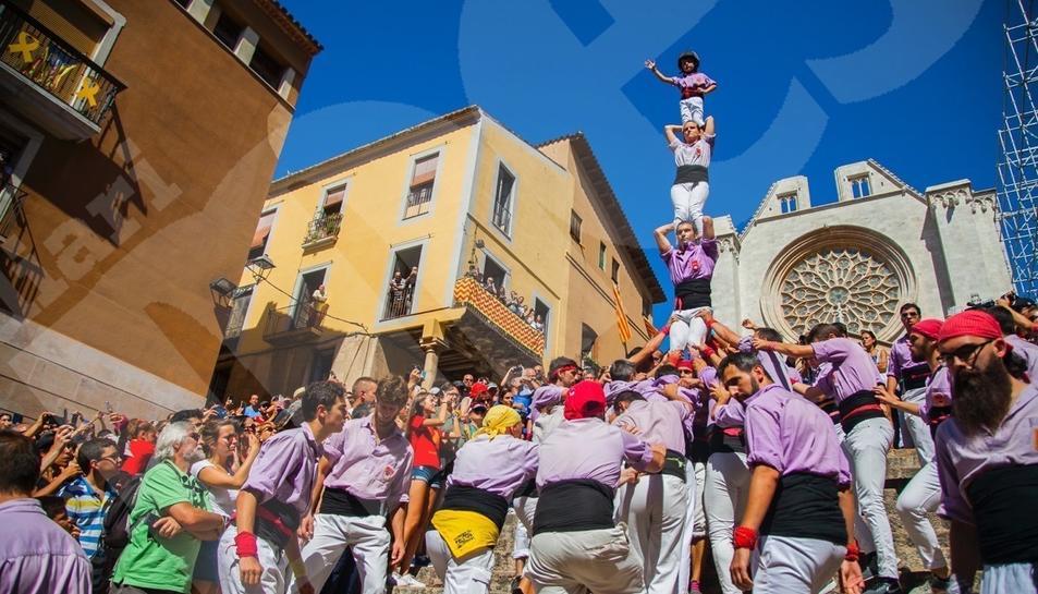Diada castellera Mercè i pilars caminant (I)