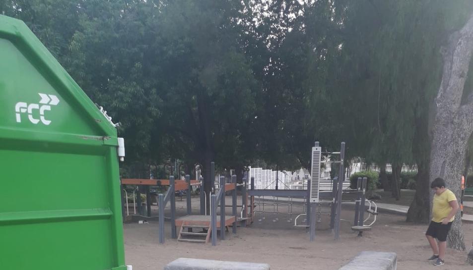 Un racó del parc una vegada realitzades les tasques de neteja.