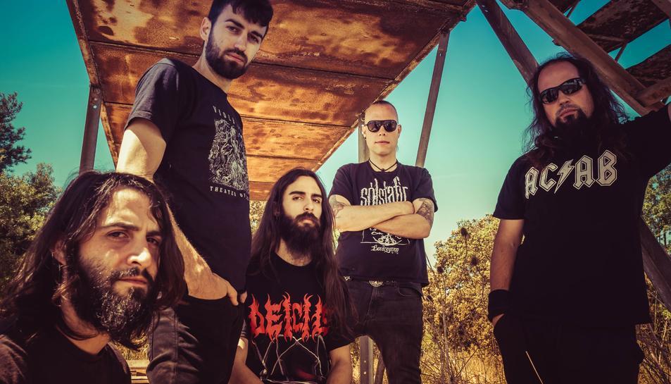 Imatge promocional de la banda de metall extrem de la Catalunya Central Siroll!, que encapçalen el cartell de la segona edició de l'Ermita Metàl·lica