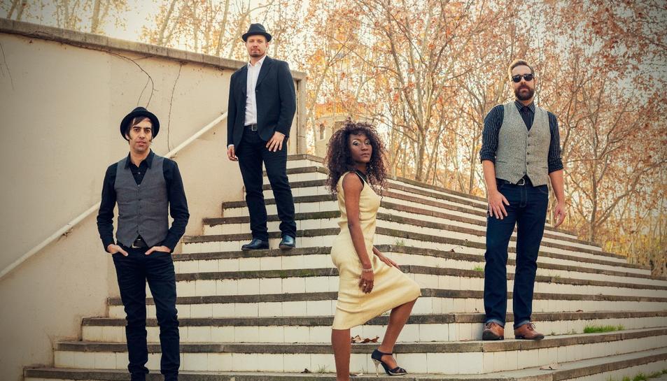 La cantant dels desapareguts The Excitements lidera Koko Jean & The Tonics.