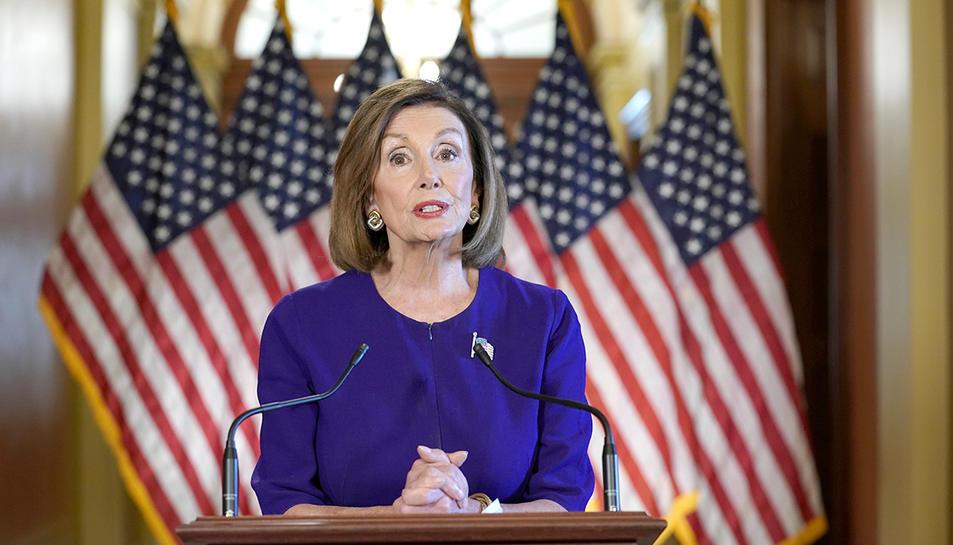 La presidenta de la Cambra de Representants dels Estats Units, Nancy Pelosi, durant l'anunci d'inici d'un procés d'impeachment contra el president Donald Trump.