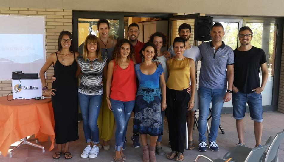 El grup de pares i mares impulsors de l'Associació Papallones.