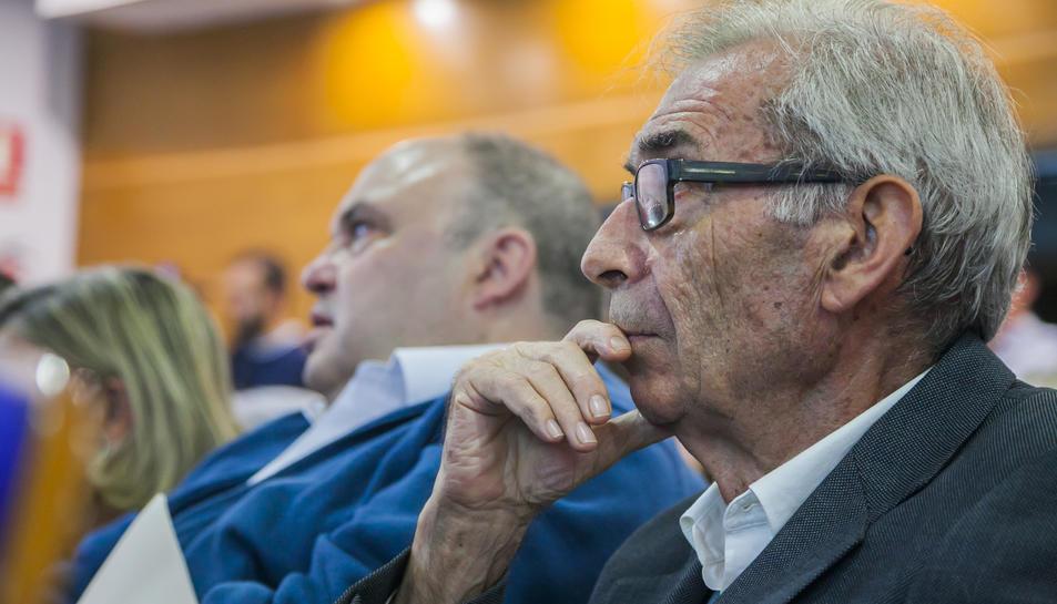 El doctor Santiago Mallafré, en l'acte celebrat a la Cambra de Comerç de Tarragona.