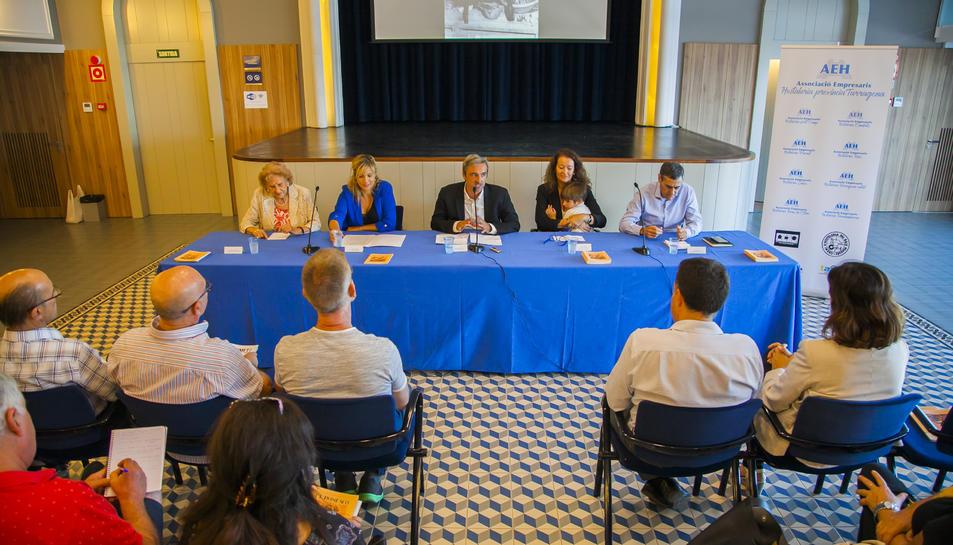 La presentació del concurs va tenir lloc a la sala d'actes del Teatret.