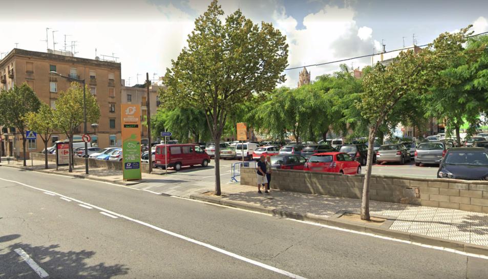 Imatge d'arxiu de la zona d'aparcament de la Riera.