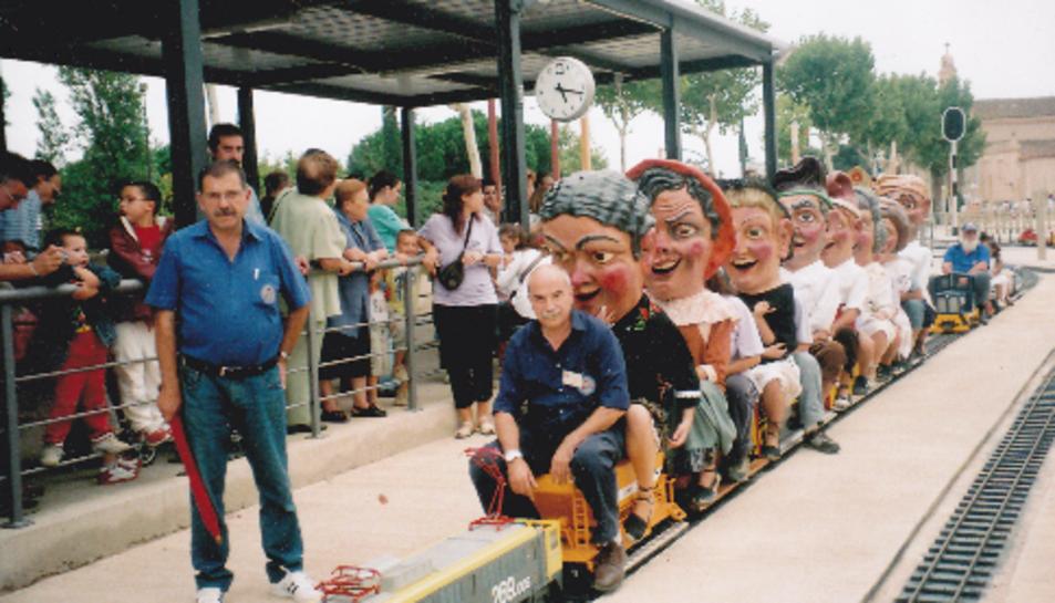 Els Nanos al Trenet del Parc Ferroviari de Misericòrdia, amb Jaume Casas al capdavant.