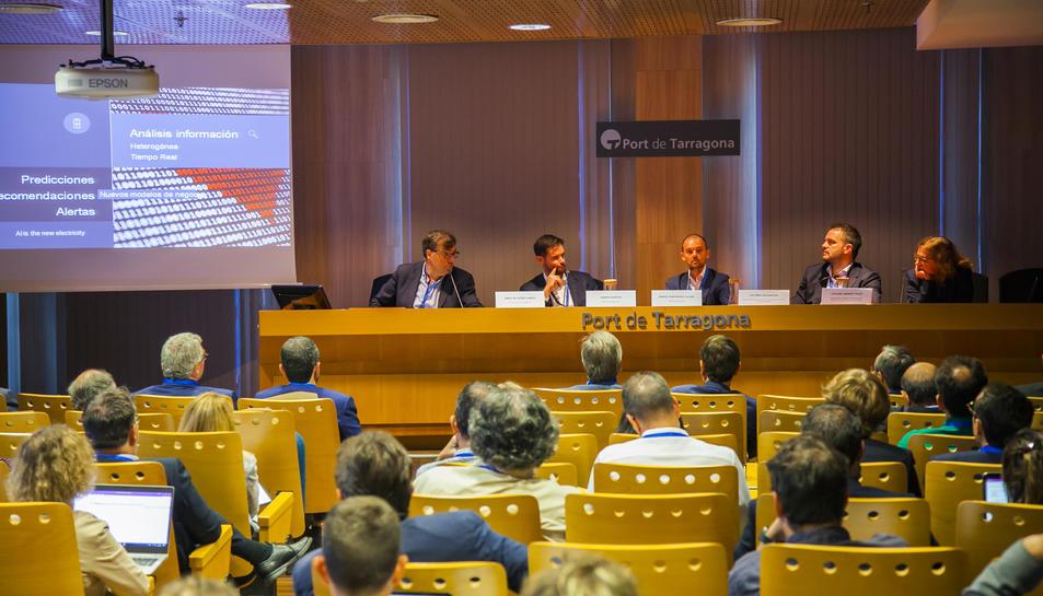 La inauguració de la segona 'Jornada Automation Digital Port' a la seu de l'Autoritat Portuària de Tarragona.