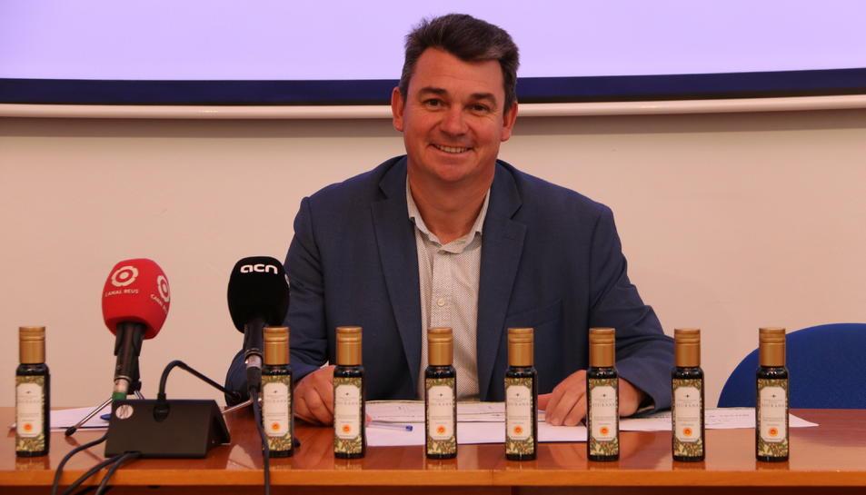 El president de la DOP Siurana, Antoni Galceran, en la presentació dels resultats de la campanya passada.