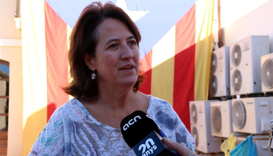 La presidenta de l'Assemblea Nacional Catalana, Elisenda Paluzie, en l'atenció als mitjans prèvia al ple del secretariat que se celebra a Riudoms.