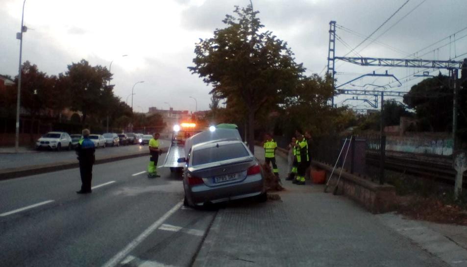 Imatge del vehicle que ha quedat destrossat.