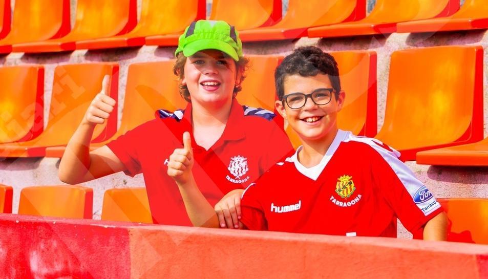 L'afició, durant el Nàstic-Castellón (1)