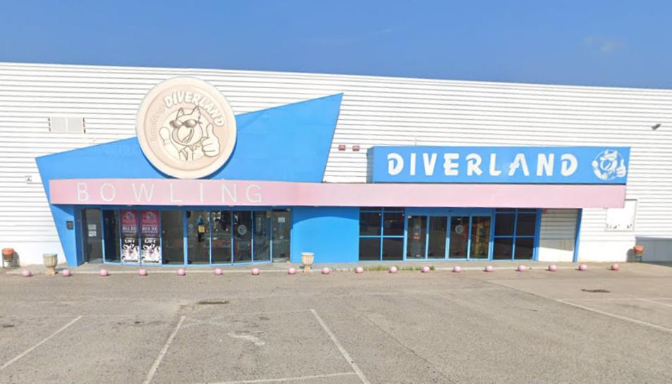 Imatge de la façana de la bolera Bowling Diverland.