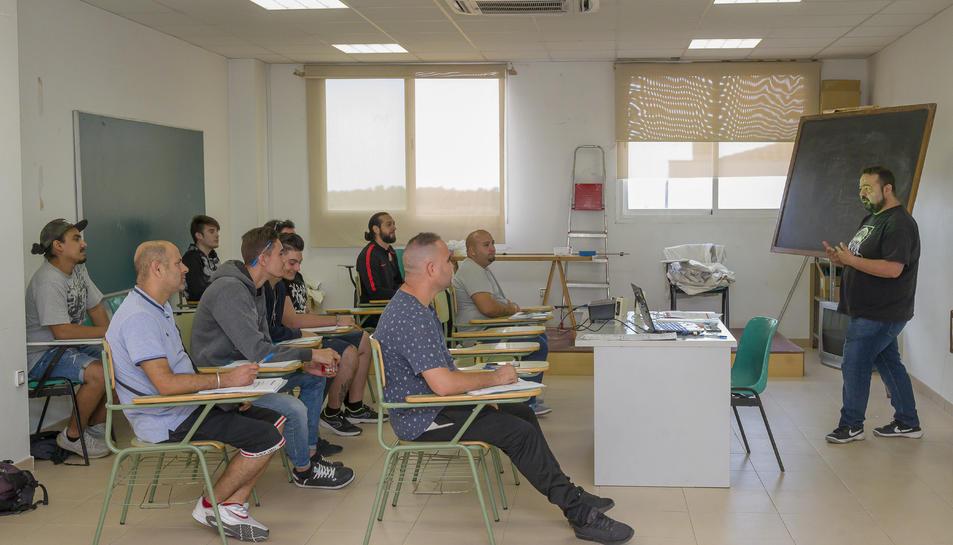 Imatge dels participants al curs de carretoner.