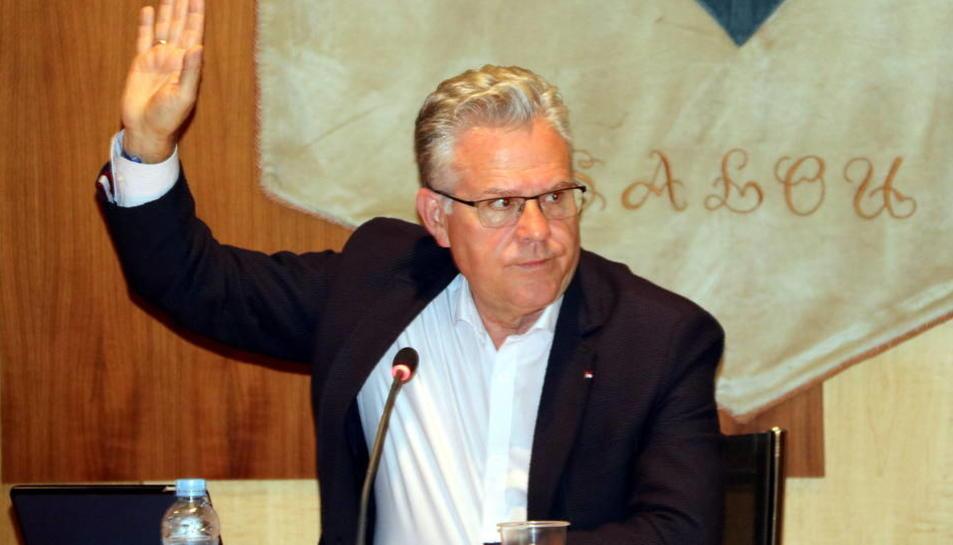 L'alcalde de Salou, Pere Granados, durant un ple.