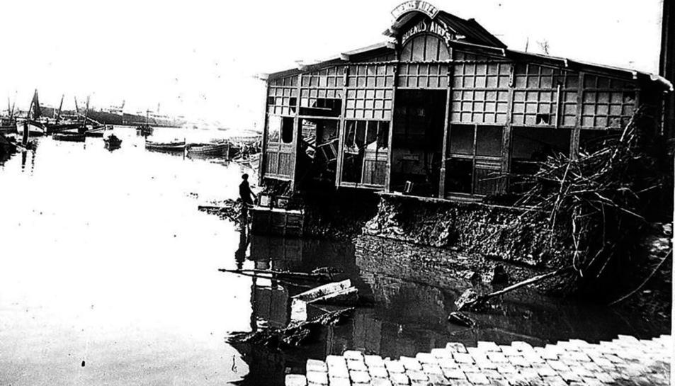 Xiringuito Buenos Aires va ser un dels immobles afectats per la riuada.