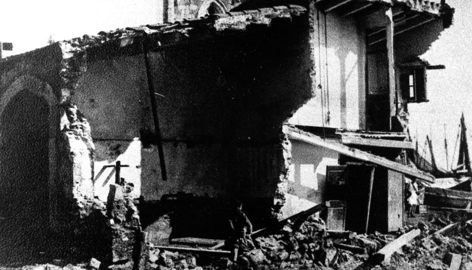 Una casa del Serrallo que la força de l'aigua va tirar a terra l'octubre del 1930.