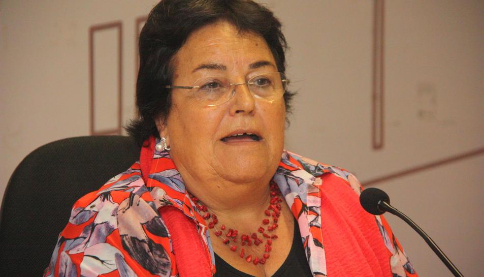 Primer pla de la rectora de la URV, María José Figueras, durant la roda de premsa que ha fet aquest dijous. Foto del 10 d'octubre del 2019 (Horitzontal).