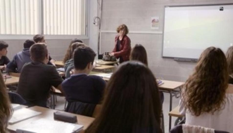Moment de la gravació amb Clara Segura com a professora.