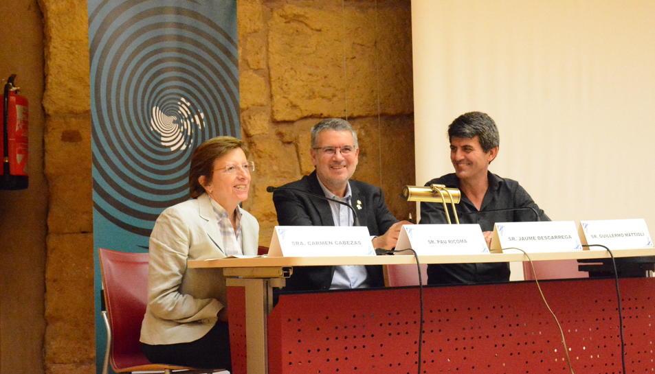 La subdirectora general de Promoció de la Salut de la Generalitat de Catalunya, Carmen Cabezas; l'alcalde de Tarragona, Pau Ricomà; i el