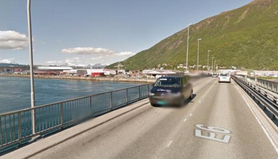 Pont d'accés a Narvik, Noruega.