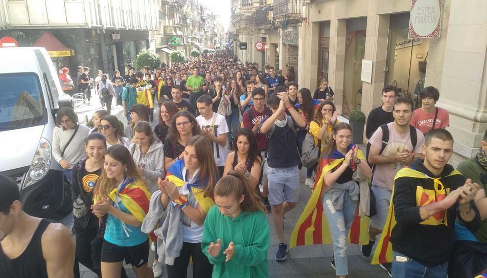 Estudiants es manifesten a Reus
