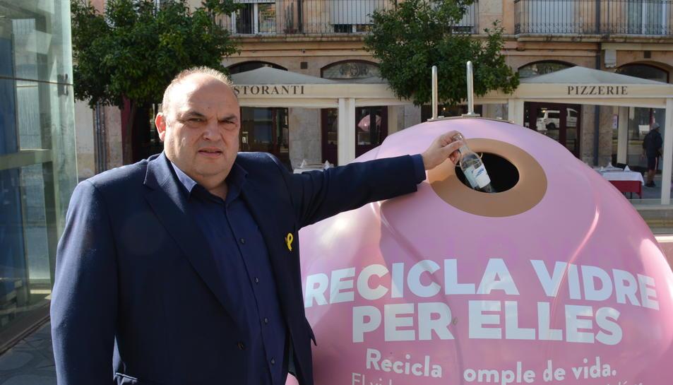 A Tarragona s'instal·laran durant unes setmanes quatre contenidors de color rosa.