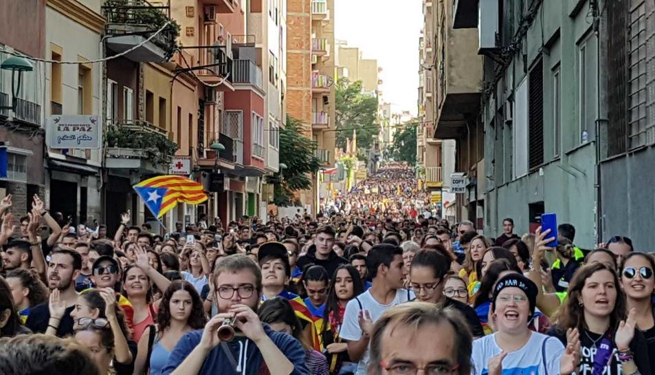 La marxa passant per Estanislau Figueras.