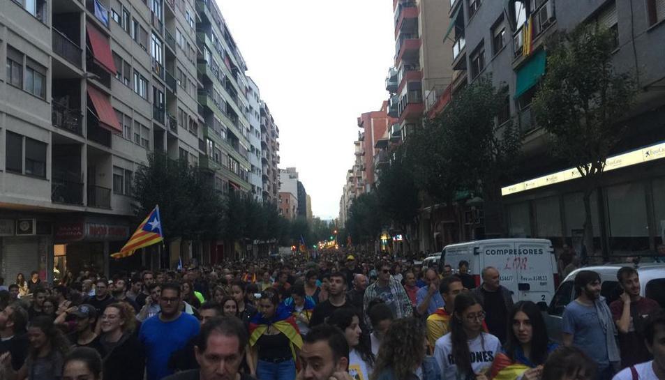 Manifestació per Prat de la Riba.