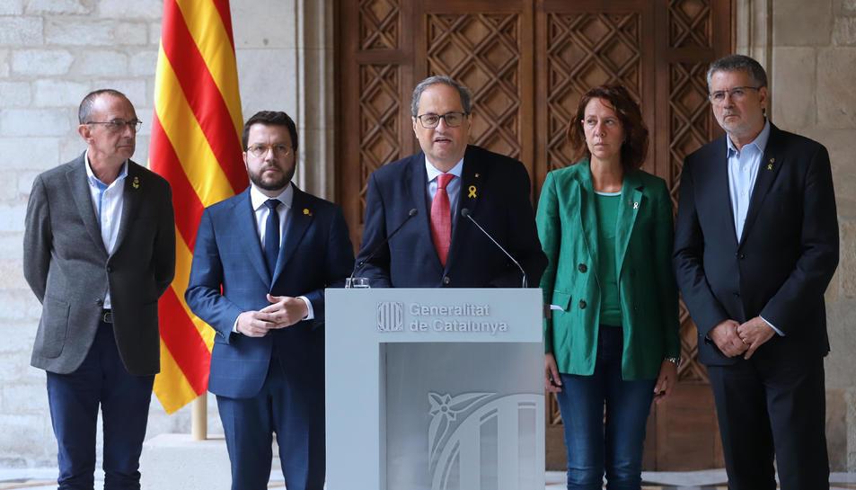 Compareixença del president de la Generalitat, Quim Torra, amb el vicepresident, Pere Aragonès, i els alcaldes de Girona, Lleida i Tarragona a Palau.