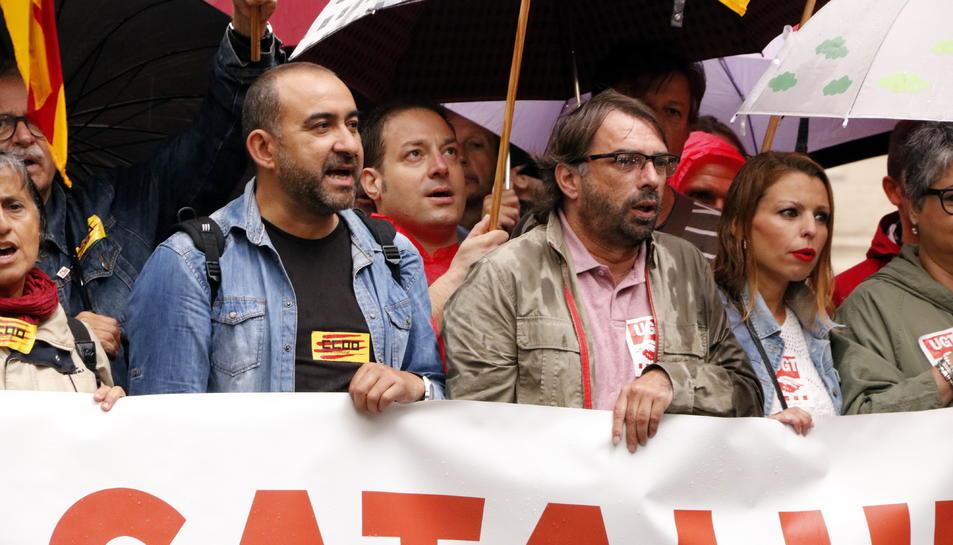 Javier Pacheco i Camil Ros en l'ofrena conjunta de CCOO i UGT al monument de Rafael Casanova, l'11 de setembre del 2019.