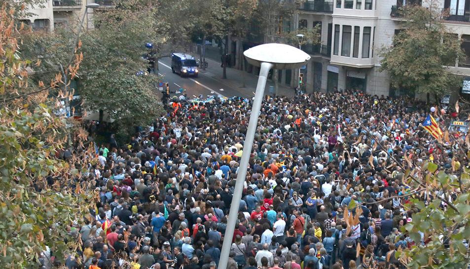 Imatge de l'acció realitzada al voltant de la delegació del govern espanyol a Barceloca diumenge passat.
