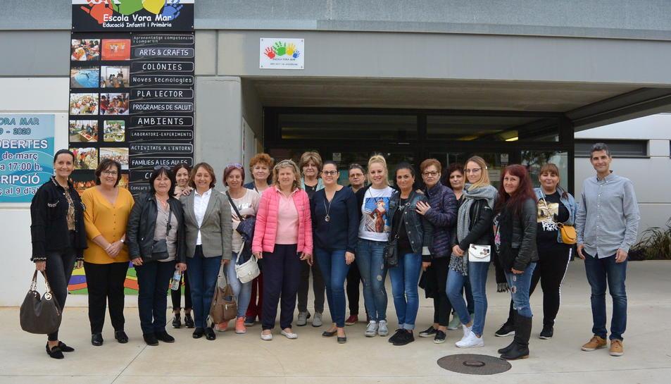 Imatge del grup de mestres de l'escola búlgara.