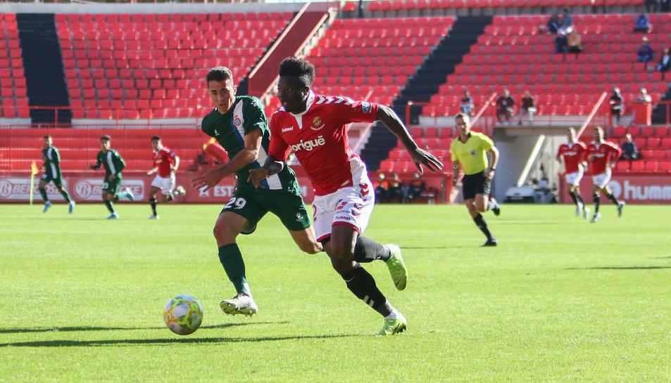 Thomas Amang, durant el Nàstic-Espanyol B