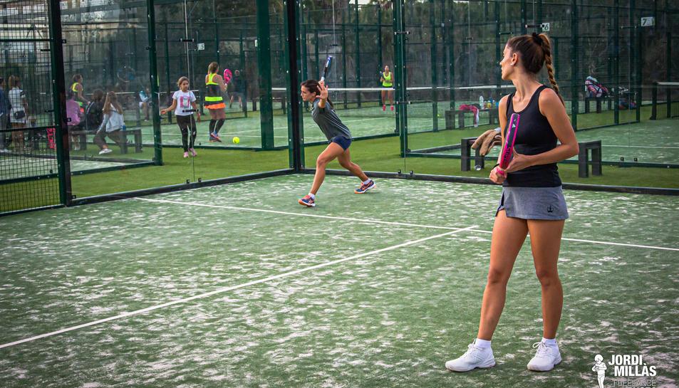 Un dels partits que es van disputar al llarg del torneig, que va durar sis dies.