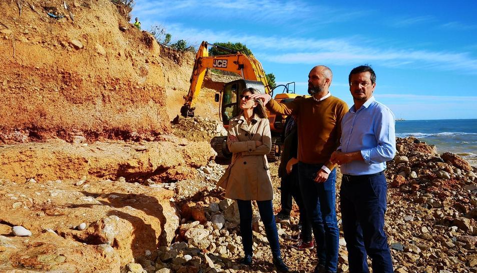 Per prevenir l'erosió de la platja s'invertiran 160.000 euros en la construcció d'una base de pedra d'escullera.