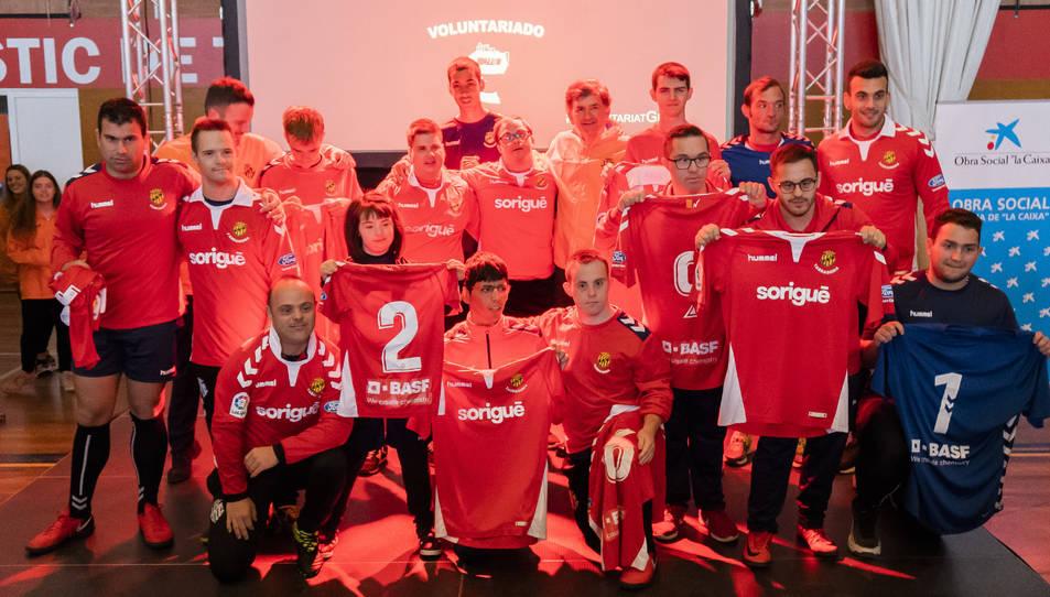 Els 16 futbolistes que lluiran la samarreta del Nàstic en la primera fase de la tercera temporada de la Lliga Genuine que es disputarà aquest cap de setmana a Tarragona.