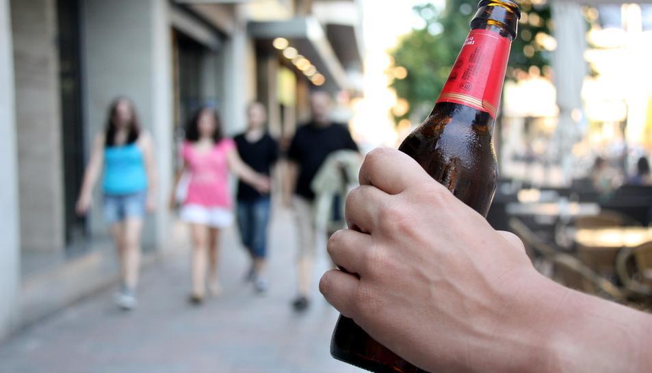 Alcohòlics Anònims lluita contra el consum d'aquesta droga en un total de 152 països.