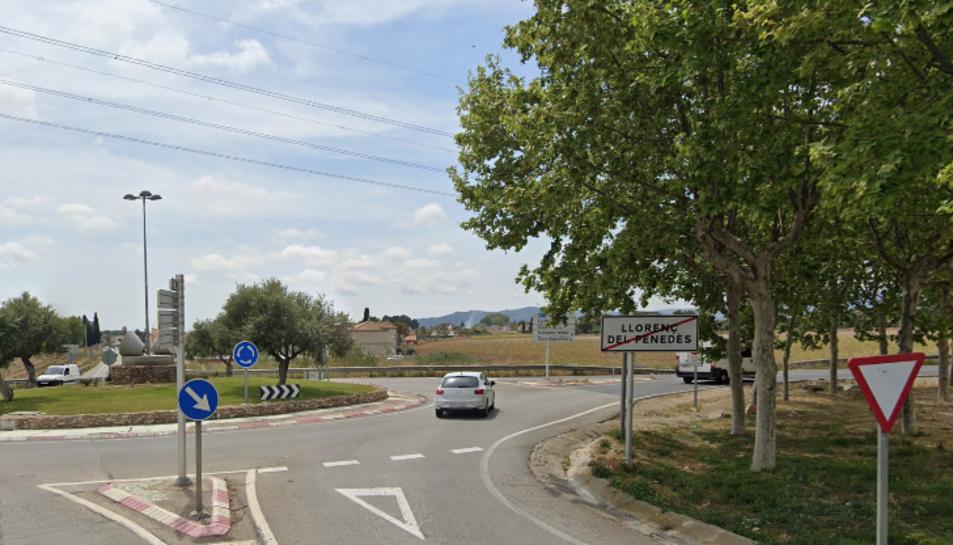Imatge de la rotonda de la TP-2125 on hi va haver la sortida de via.
