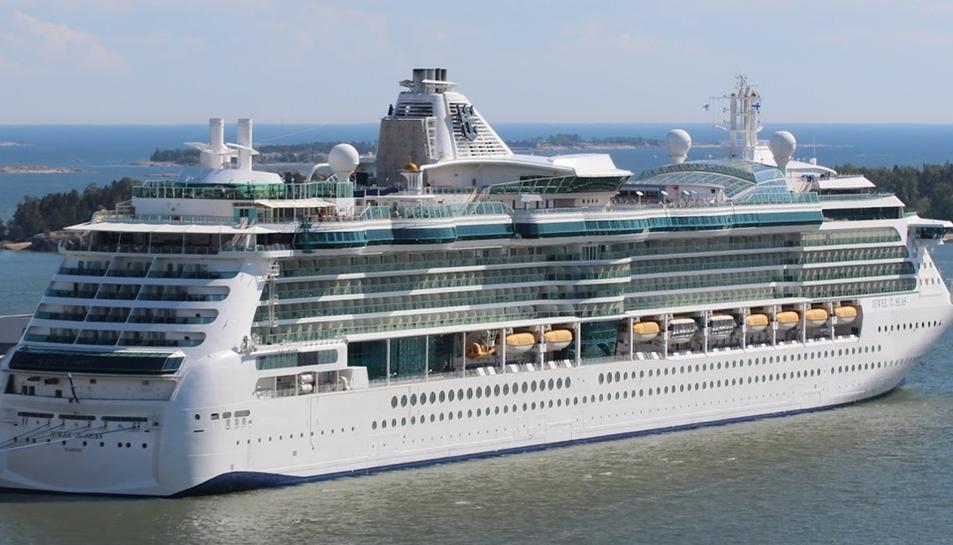 El 'Jewel of the Seas' té capacitat per 2.500 persones.