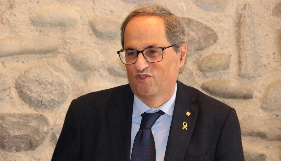 Primer pla del president de la Generalitat, Quim Torra, durant la seva visita a Bescanó.