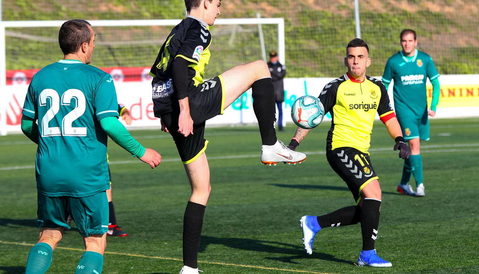 Imatge del Nàstic Genuine disputant el primer partit de la Fase Tarragona contra el Villareal.