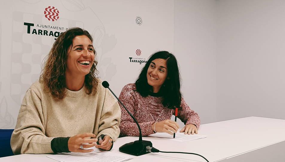 Laia Estrada i Eva Miguel, en la roda de premsa d'avui a l'Ajuntament de Tarragona.