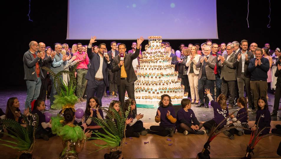 Prop de 500 persones van assistir a l'enregistrament del programa del desè aniversari.