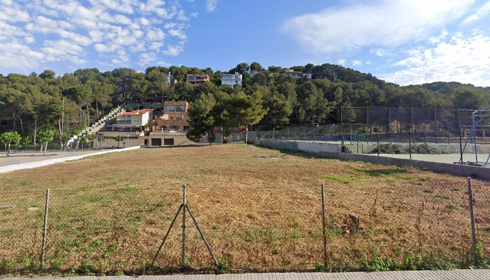 Imatge de l'espai on l'Associació de Veïns La Móra-Tamarit vol que es construeixi el centre social.