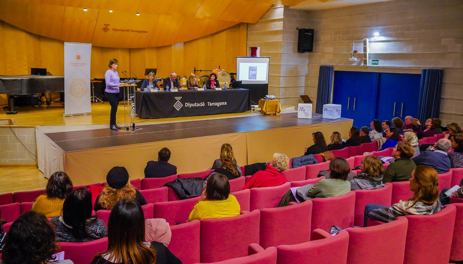 Diversos municipis del Camp de Tarragona van celebrar actes ahir en rebuig a aquesta realitat