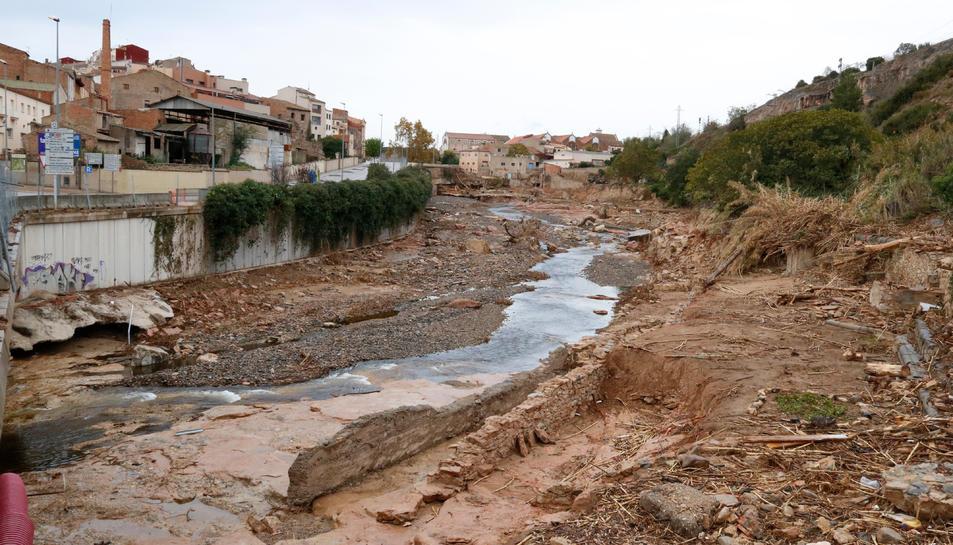 Pla general del riu Francolí al seu pas per l'Espluga de Francolí i de les destrosses a la llera.