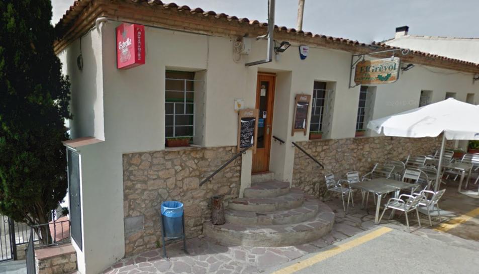 El bar Grèvol compta amb una terrassa exterior.