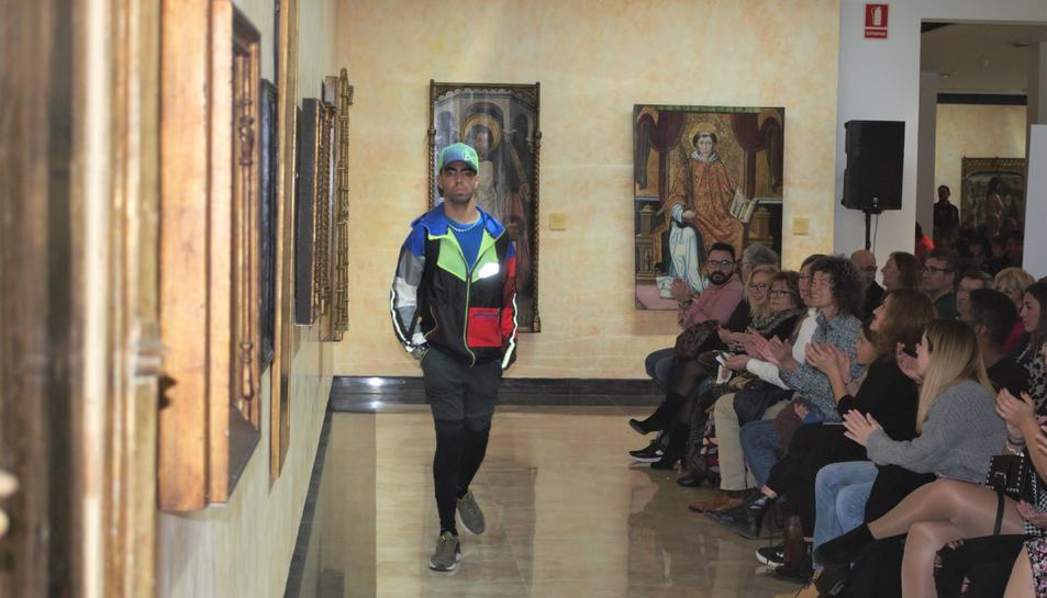 La 'TBC Fashion Show. Una passarel·la sense límits' ha posat el colofó als actes de celebració dels 40 anys de trajectòria del Taller Baix Camp.