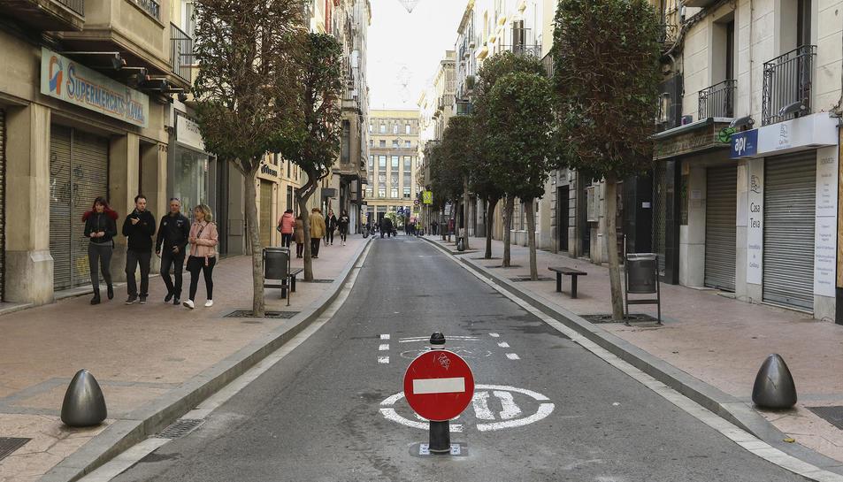 Tram de carrer tancat per l'afectació de la nova mesura al raval de Santa Anna